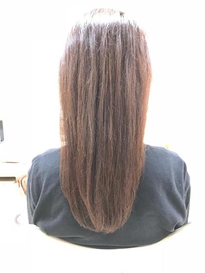 白髪は染めたいけど、暗くはしたくない! でも明るすぎるのも嫌だ!って方!お任せくださいo(`ω´ )o Ash 北千住店所属・柞山史奈のスタイル