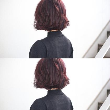 バイオレットピンク×外ハネショートボブ 今泉由香理のショートのヘアスタイル