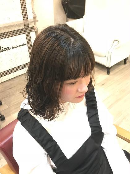 直毛の方もパーマで動きを出して、 前髪もシースルーに軽めのスタイル☆ hair&make krest所属・瀬戸一菜のスタイル