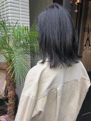 カラー ミディアム highlight color design  ✂︎ KHANH HOA 表参道  ℡0368045616 渋谷区神宮前4-14-6 101  cut ↠¥5.000 color ↠¥7.000〜 highlight design ↠¥8.000〜 balayage design ↠¥10.000〜 cut×color×treatment ↠¥10.000 cut×highlight×treatment ↠¥11.000 cut×balayage×treatment ↠¥13.000  ↠ https://www.instagram.com/_hide1989/
