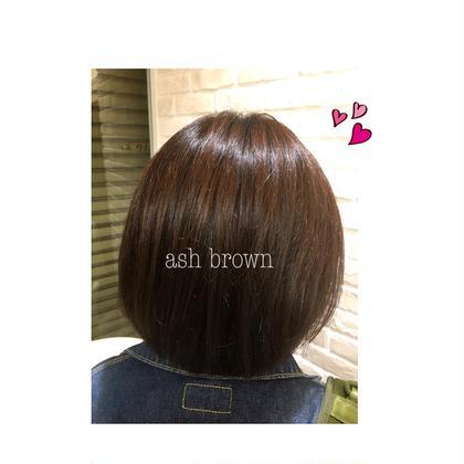 アッシュブラウン 赤みの無いくすんだ茶色です。 Ash成瀬店所属・長江裕子のスタイル