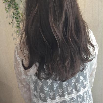 lavender ash ハイライトたっぷり♡ ブリーチなしでも透明感出せます♡ kitchen所属・増永麻衣のスタイル
