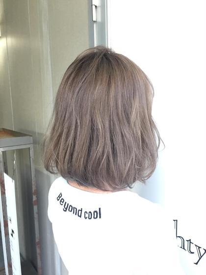 グレージュ 副店長 TOYODAMAKOTOのミディアムのヘアスタイル