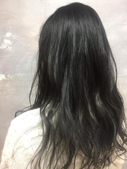 毛先の方が徐々に明るく抜けてくるグラデーションカラーです٩( 'ω' )و 最終的にはベージュっぽく抜けてきます!! LORE所属・宮永沙也加のスタイル