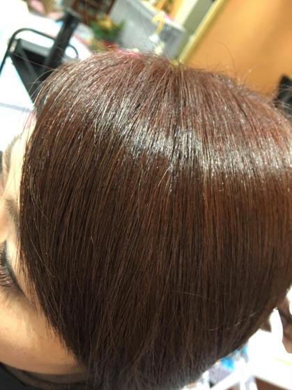 ミルフィーユカラー。ワンメイクも綺麗ですが、重ね塗り専用の優しいカラー剤をのせて、さらに艶やかで深みのある色に。色持ちも良くなり、抜けていく色の変化も楽しいですよー Hair works eight.co所属・興野純のスタイル