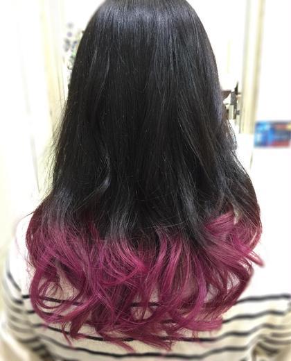 特殊カラー 毛先はブリーチしてマニキュアでカラーしています TAYA けやき通り店所属・鈴木優希のスタイル