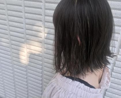 カラー  【 イルミナカラー × ハイライト 】  ちょっぴり多めの ハイライト でも夏らしくていいね ♪