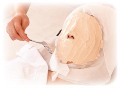 1ヶ月分のクリームをいっぺんにお肌に入れ込む最高級のエステ✨1度で美白!小顔効果!  フェイシャルサロン所属・⭐︎かおりのフォト