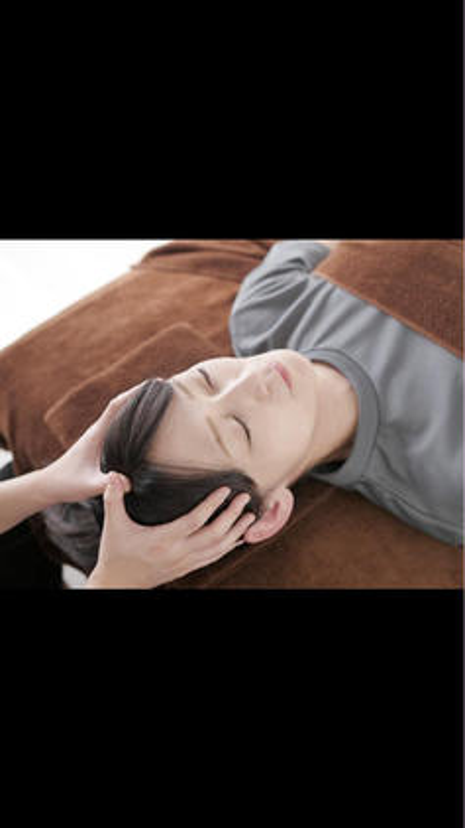 ★至極の頭皮マッサージ、肩周り揉みほぐし★[眼精疲労・不眠・首・肩こり]のお困りの方にオススメです