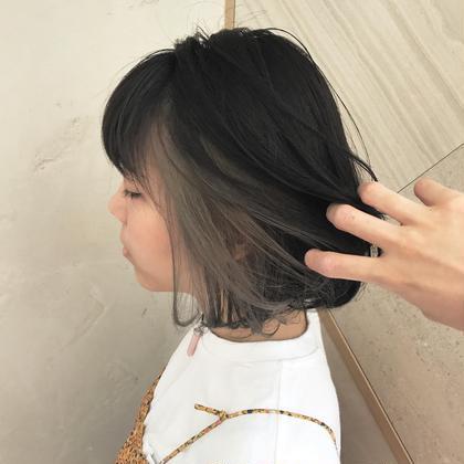 カラー ショート ヘアアレンジ 本日来てくださったお客様♡  ブリーチをして中をグレー♡ 可愛すぎます٩(ˊᗜˋ*)و  暗髪&グレー  ちょーオススメ!!  #グレー  #暗髪  #イルミナカラー