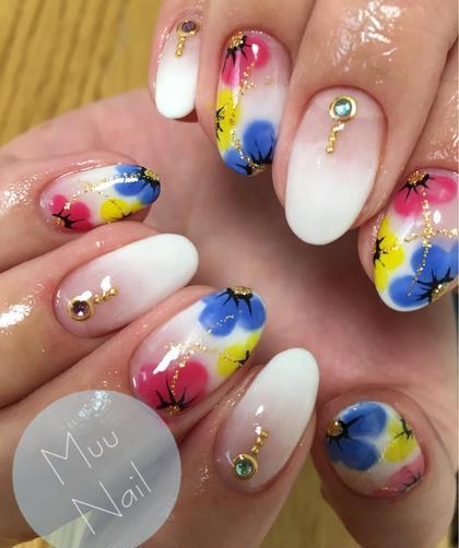 3色を使ってお花ベースがシンプルなので馴染んでます! Lau Lea所属・白川美智子のフォト