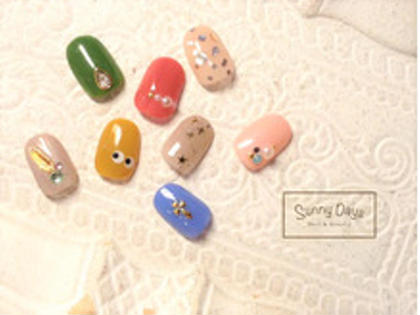 片手1本ずつ、この中からアートが選べるコース❤️ ※他の指はワンカラーになります。 ※お色変更可能  定額制 セレクト45デザイン  ¥2980円 SunnyDays 曙橋店所属・SunnyDays森のフォト