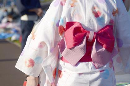 浴衣、普段着、袴などの着付け(ヘアセット付き)