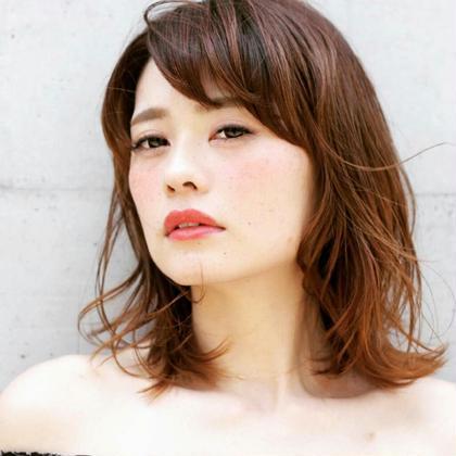 ロケ撮影♡外ハネMIX巻♡ SALON DE JOE所属・柴田久留未のスタイル