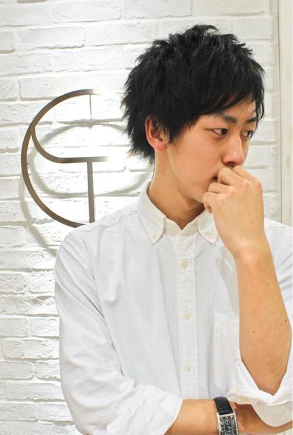 爽やかレイヤーマッシュ! カラーもグリーンとグレイカラーでクールな黒髪になっています! HAIR&GROOMING  YOSHIZAWA inc.PREMIUM YOKOHAMA所属・佐々木優のスタイル