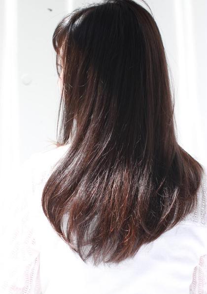 セミロング 髪の毛の重なりで軽やかに! お客様の骨格と髪の毛の長さを見てバランスよくオーダーメイドさせていただきます!
