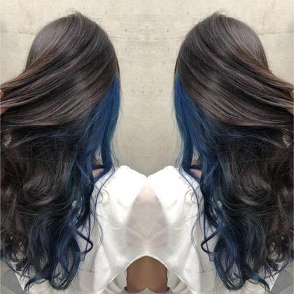その他 カラー ロング サイドから襟足のインナーを全てブリーチしてブルーカラーを入れました😊青髪カラーの完成🌏 9000円