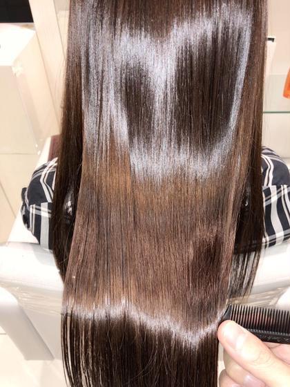 髪質改善でツヤツヤひ✨     【Ash銀座HP】 →https://ash-hair.com/staff/20060058/    【インスタグラム】✨フォロワー10000人突破✨ →https://www.instagram.com/takaishi_ash/