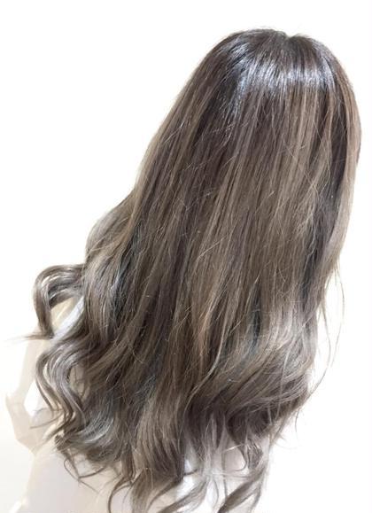 【外国人風】グラデーションカラー ハイライト+毛先ブリーチが必要です。 美容室BAssA所沢店所属・渡邉健太のスタイル