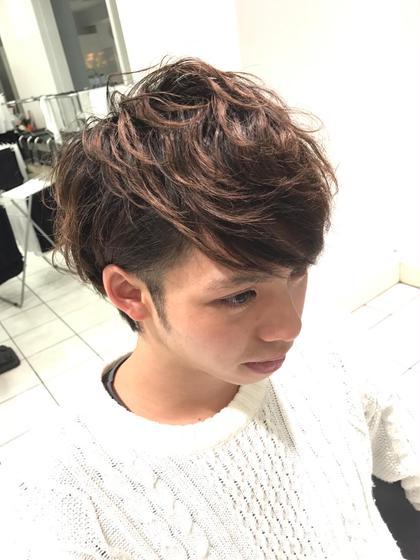 ✂️メンズパーマ✂️ 前髪外してすこし強めにかけてます! CAPA能見台所属・小上馬淳司のスタイル