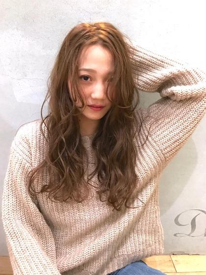 前髪長めでオフェロな質感を☆ D'na(ディーナ)所属・宇南山和哉のスタイル