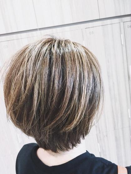 ✨白髪染め✨🌷しっかり白髪を染めます🌷(うる艶トリートメント無料💓)
