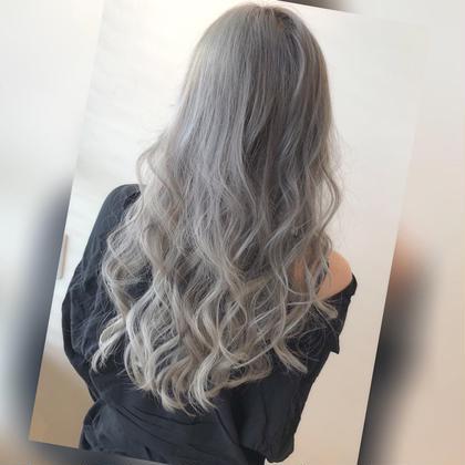 【街で二度見されます🖤】グラデーションカラー+毛髪再生トリートメント✨