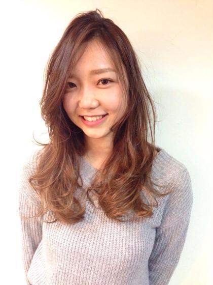 3Dカラー(ハイライト)のモデルさんです。 シーボンヘアサロンneaf所属・太田実樹のスタイル