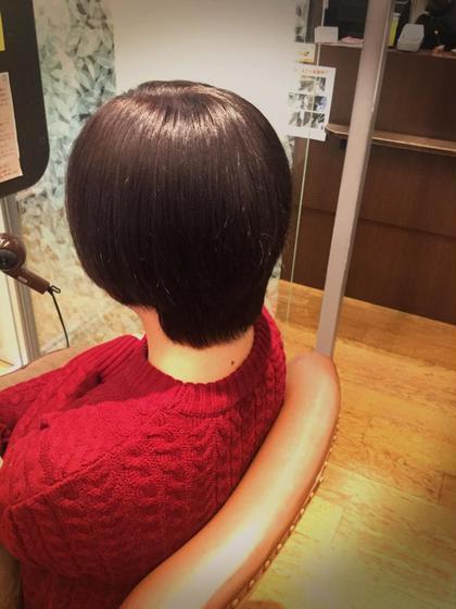 黒髪をみどりよりのマットアッシュに! 艶も出ていいかんじ(^^) C-LOOP UNITED ATELIER所属・明石恭士朗のスタイル