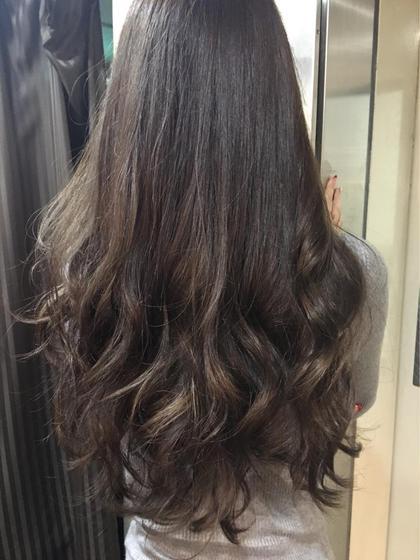 髪に艶と輝きを☆大人気の透明感カラー&カット!