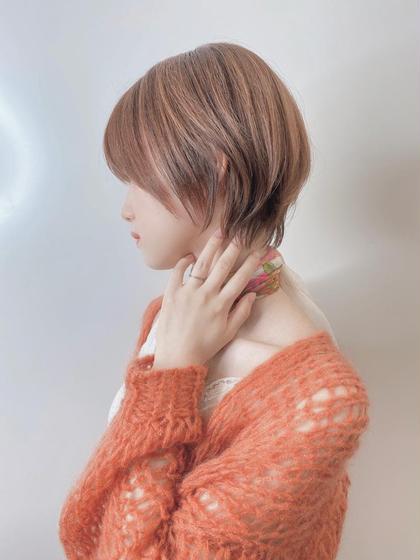 《ご新規様クーポン》小顔補正立体カット& 美髪ストレート