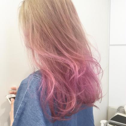 カラー ブロンドからピンク