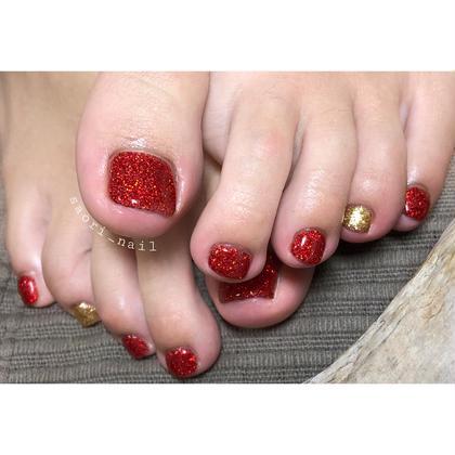 ネイル やっぱり足は赤‼️といつも赤をチョイスして下さいます(´◡͐`)♡