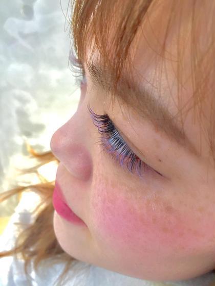 ブラウン、ライトパープル、ライトブルー の三色ミックス☆★ equri cinq eyelash所属・市山咲月のフォト