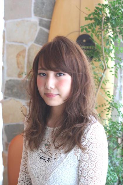 ラフなパーマスタイル SHEL所属・石川ミカのスタイル