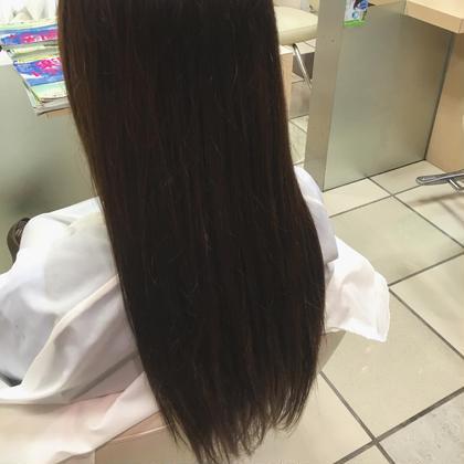 ⭐️ナチュラルブラウン⭐️ 10cm以上伸びきってた根元をナチュラルなブラウンで色をかぶせました!オレンジっぽく色が抜けていた髪を全体的にブルーアッシュにしました✴️  #ブラウン #モカブラウン #ナチュラル  STYLE藤沢所属・関口佳奈のスタイル