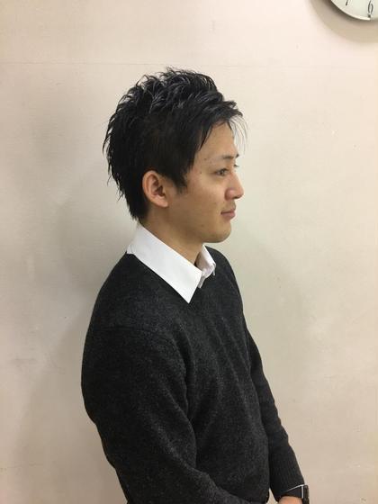 社会人の方にオススメ 束感スッキリショートです。  仕上げにグリースワックスでツヤ感ある仕上がりにしました。 nextラグザ大阪店所属・ヒゴタイチのスタイル