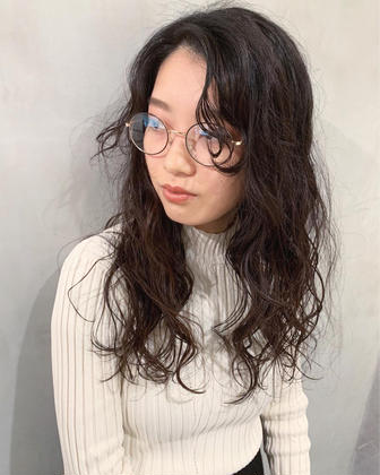 山崎優作のロングのヘアスタイル