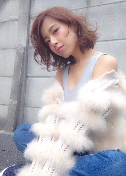 細かいハイライトで立体感を✨ 毛先の動きがポイント♡ SOCO所属・杉本佳奈のスタイル
