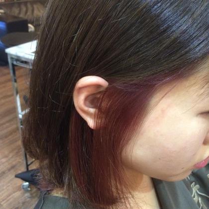 インナーカラー はちから下を一度ブリーチし濃いピンクを入れてみました! アップスタイルにした時に二度スタイルが楽しめる春カラースタイル(^^) beauty and care CALON所属・松田力丸のスタイル