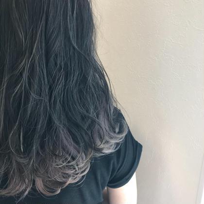 インナーにはペールバイオレットで透明感を… HAIR&MAKE  EARTHひたち野うしく店所属・ミヤタレオのスタイル