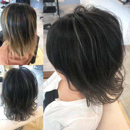 カラー ショート ベースがバレイヤージュで色落ちした髪。 綺麗なグレージュに🌟