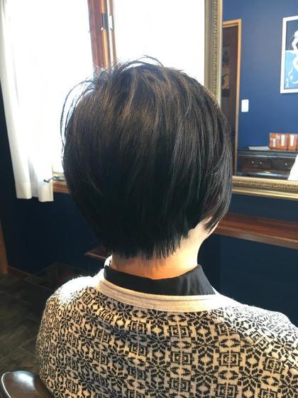 重く見えがちな黒髪だけどレイヤーをたくさん入れて軽やかに hairGLOW所属・児嶋亮のスタイル