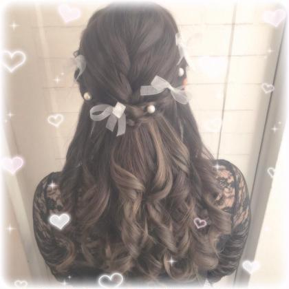 #アルティメット量産型 ヘアアレンジだよ ハーフアップの編み込みリボン ジャニオタさんにオススメ 隠しきれないヲタクさんたちを ヲタク美容師お待ちしてます✨✨  ヲタク美容師 Instagram @otaku_hairdresser ❤︎ヲタク美容師❤︎の
