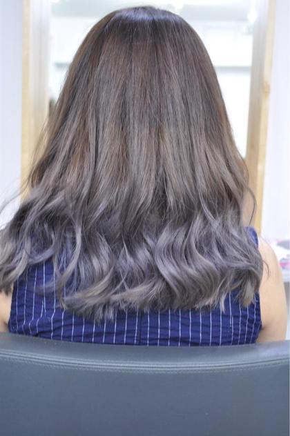 プラチナラベンダーでホワイトシルバーにも見える3Dカラーに hairsalonbelle所属・kosekikeitaのスタイル