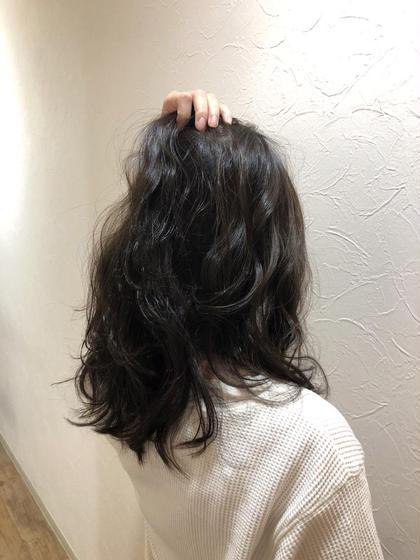 アディクシーカラー 赤みを消して暗過ぎず明る過ぎない、インターン前カラーです◎ hairdesignrocca所属・サカグチリコのスタイル