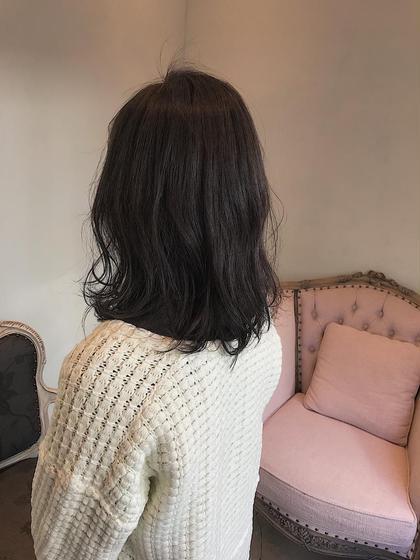 カラー ミディアム 赤みを打ち消して透明感のある髪に! 暗い髪も透けてかわいいですよ!