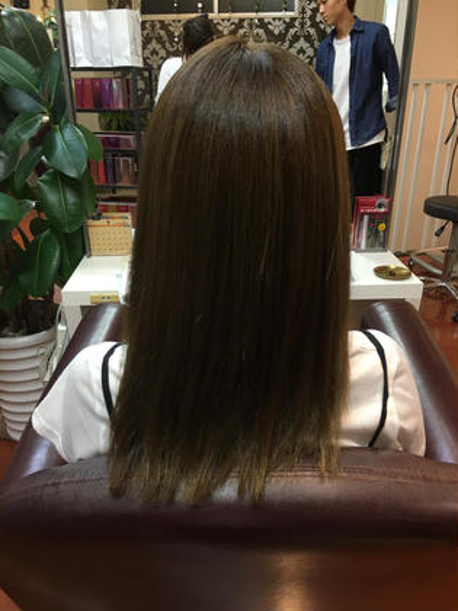ミントベージュ hair  & spa an contour所属・足立依世のスタイル