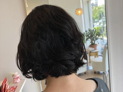 子供たちへウイッグを…★伸ばした髪の毛をバッサリ切る予定なら寄付しませんか?ヘアドネーション賛同サロンです♪ Hair&Make PARIER所属・三木 千鶴のスタイル