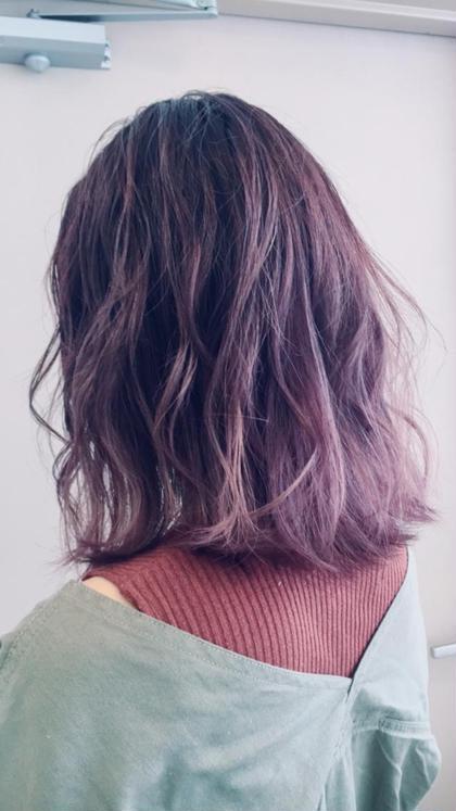 毛先にかけて透明感がある、 ピンクラベンダー🌸 矢吹百花のミディアムのヘアスタイル